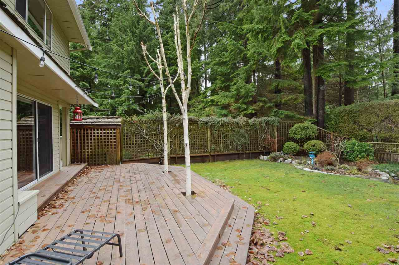 "Photo 17: 5545 DEERHORN Lane in North Vancouver: Grouse Woods House for sale in ""GROUSEWOODS"" : MLS(r) # R2031482"