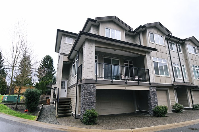 "Main Photo: 35 22865 TELOSKY Avenue in Maple Ridge: East Central Townhouse for sale in ""WINDSONG"" : MLS® # R2036776"