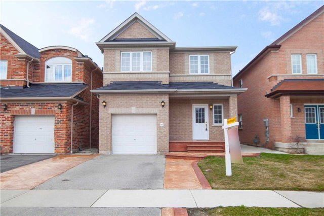 Main Photo: 394 Comiskey Crest in Mississauga: Meadowvale Village House (2-Storey) for sale : MLS(r) # W3457210