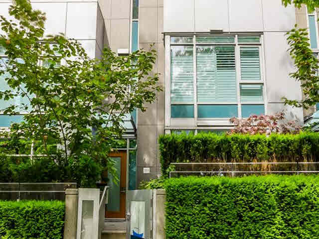 Main Photo: 1253 W CORDOVA STREET in : Coal Harbour Townhouse for sale : MLS® # V1126697