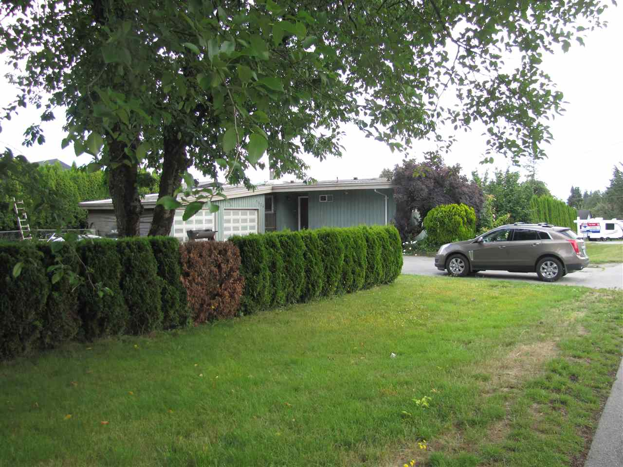 Main Photo: 5824 172 Street in Surrey: Cloverdale BC House for sale (Cloverdale)  : MLS® # R2088081