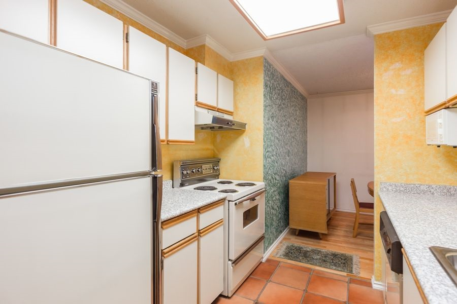"Photo 9: 105 1510 W 1ST Avenue in Vancouver: False Creek Condo for sale in ""MARINER POINT"" (Vancouver West)  : MLS® # R2114672"