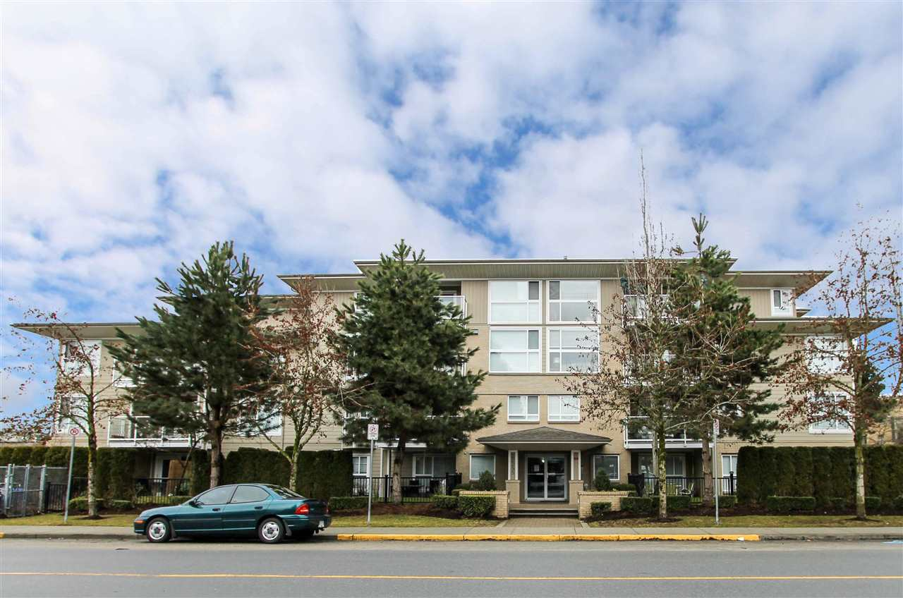 "Main Photo: 202 22255 122 Avenue in Maple Ridge: West Central Condo for sale in ""MAGNOLIA GATE"" : MLS®# R2142804"