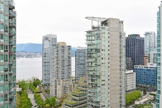"Main Photo: 2309 1331 W GEORGIA Street in Vancouver: Coal Harbour Condo for sale in ""THE POINTE"" (Vancouver West)  : MLS® # R2160061"