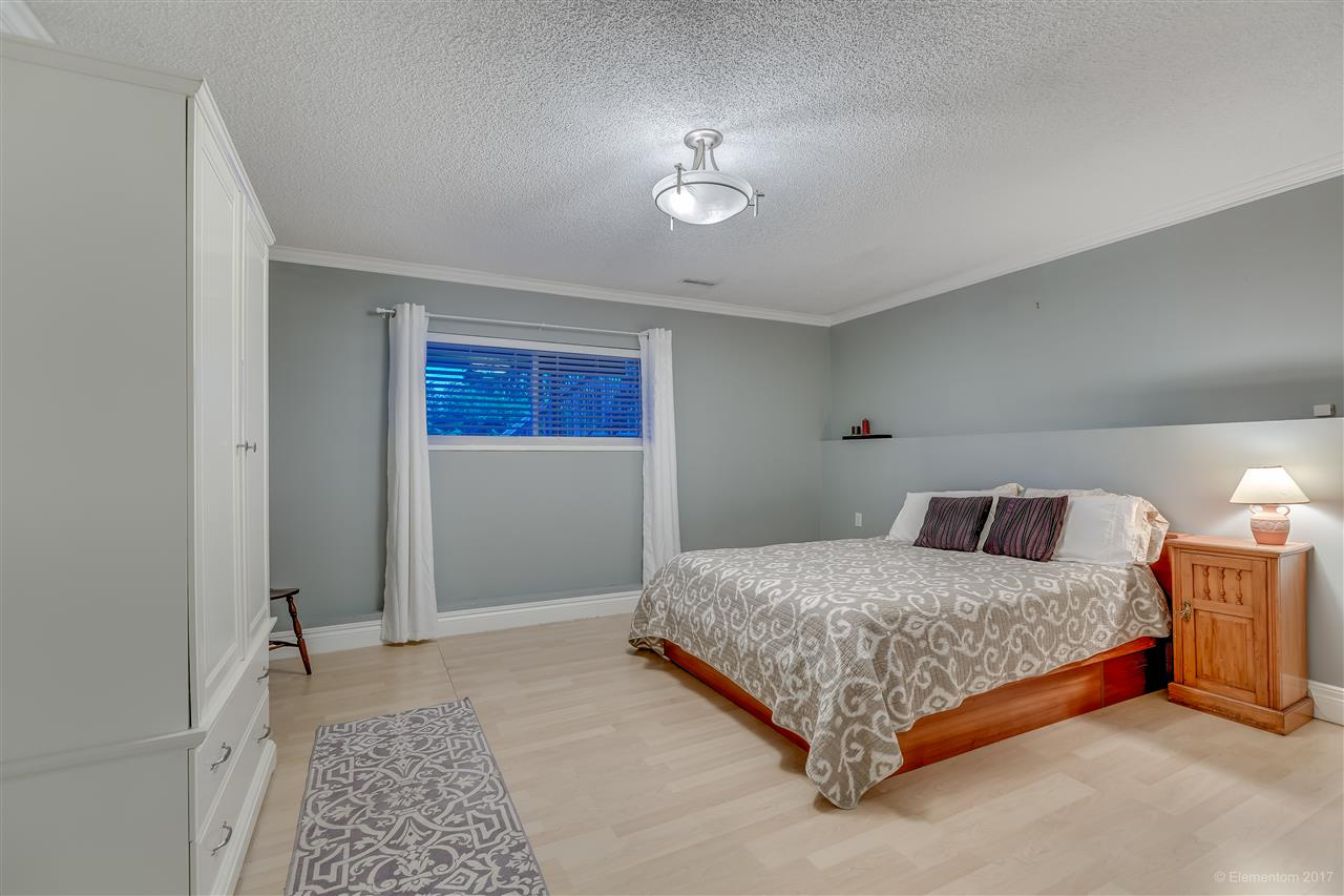 Photo 16: 2560 ASHURST Avenue in Coquitlam: Coquitlam East House for sale : MLS® # R2162050