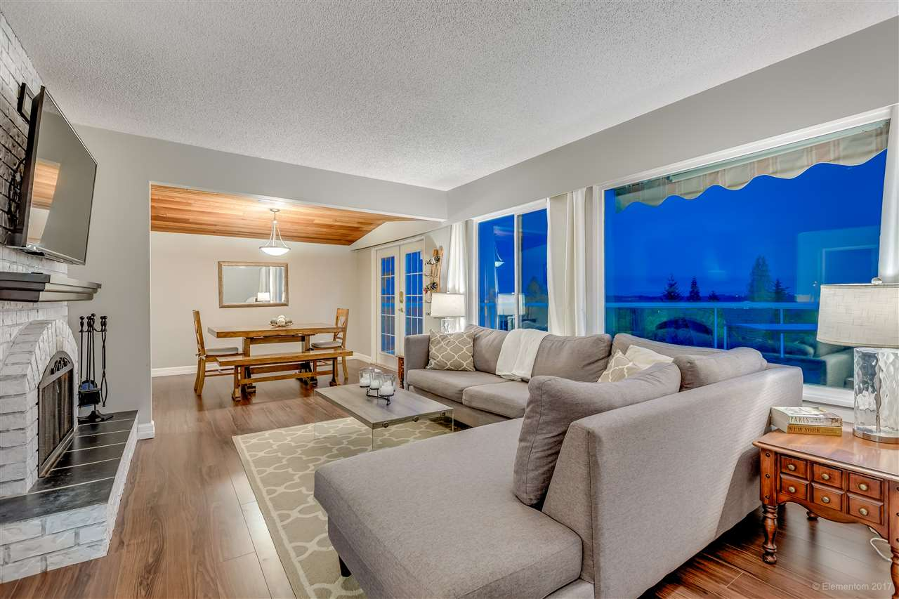 Photo 4: 2560 ASHURST Avenue in Coquitlam: Coquitlam East House for sale : MLS® # R2162050