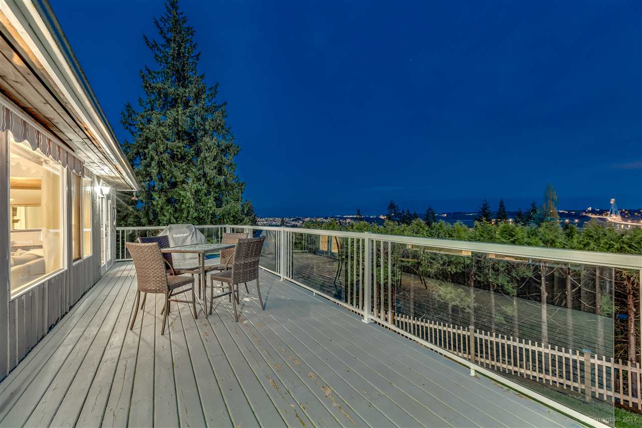 Photo 18: 2560 ASHURST Avenue in Coquitlam: Coquitlam East House for sale : MLS® # R2162050