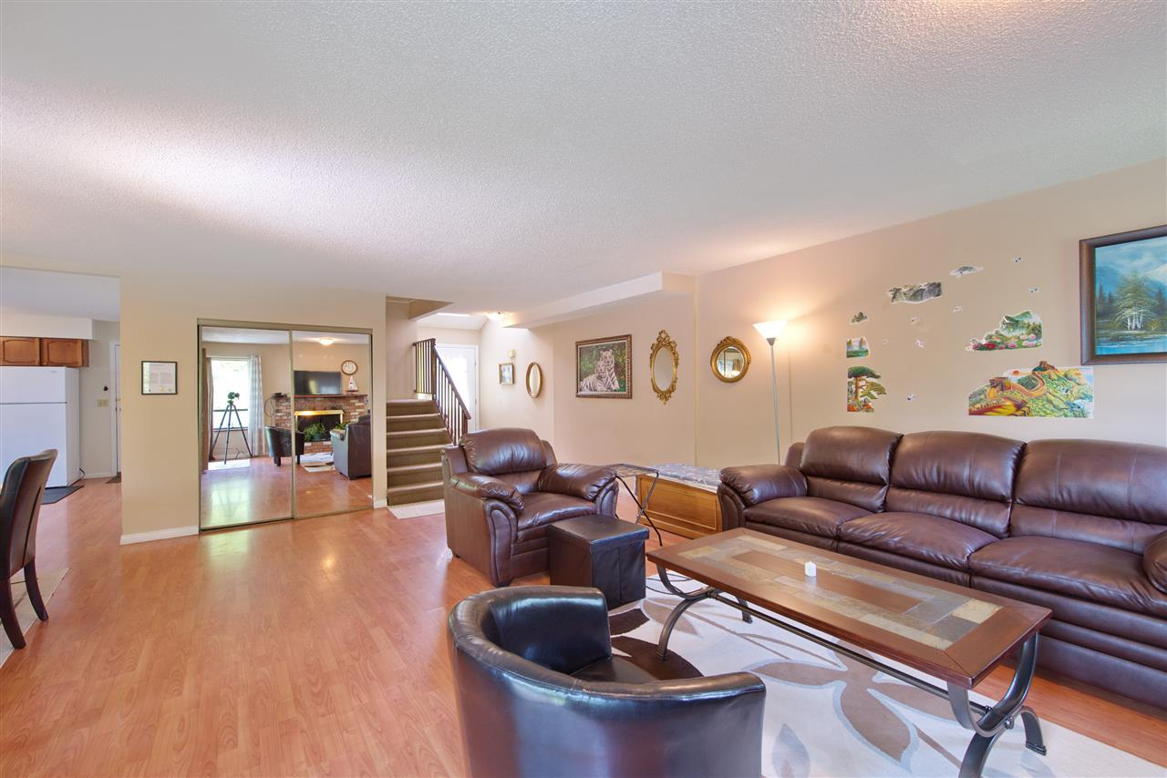 Photo 11: 21591 CHERRINGTON Avenue in Maple Ridge: West Central House for sale : MLS(r) # R2168742