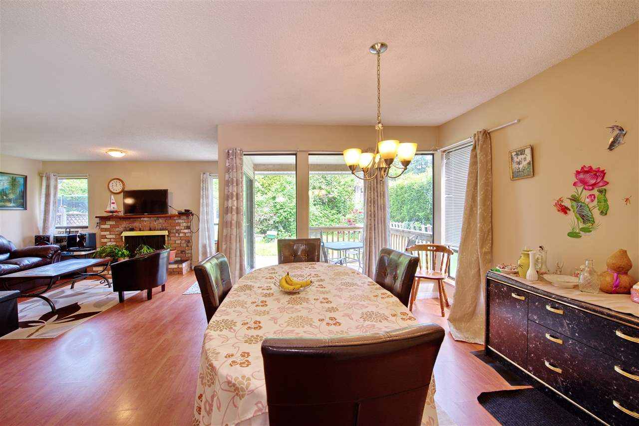 Photo 6: 21591 CHERRINGTON Avenue in Maple Ridge: West Central House for sale : MLS(r) # R2168742