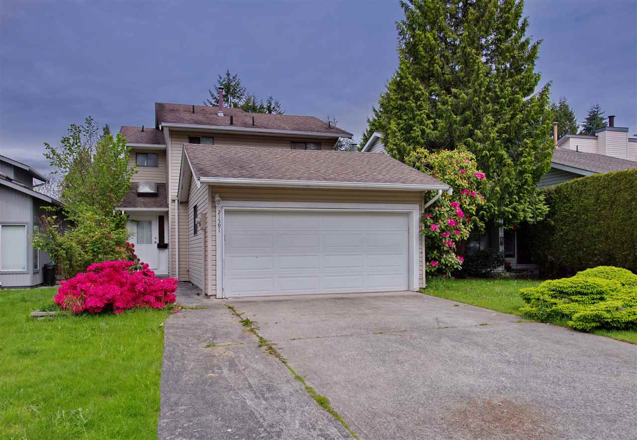 Main Photo: 21591 CHERRINGTON Avenue in Maple Ridge: West Central House for sale : MLS(r) # R2168742