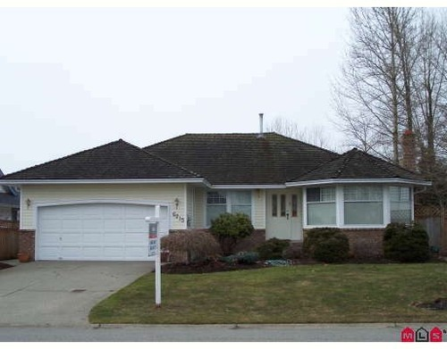 Main Photo: 6215 186TH Street in Cloverdale: Home for sale : MLS(r) # F2903374