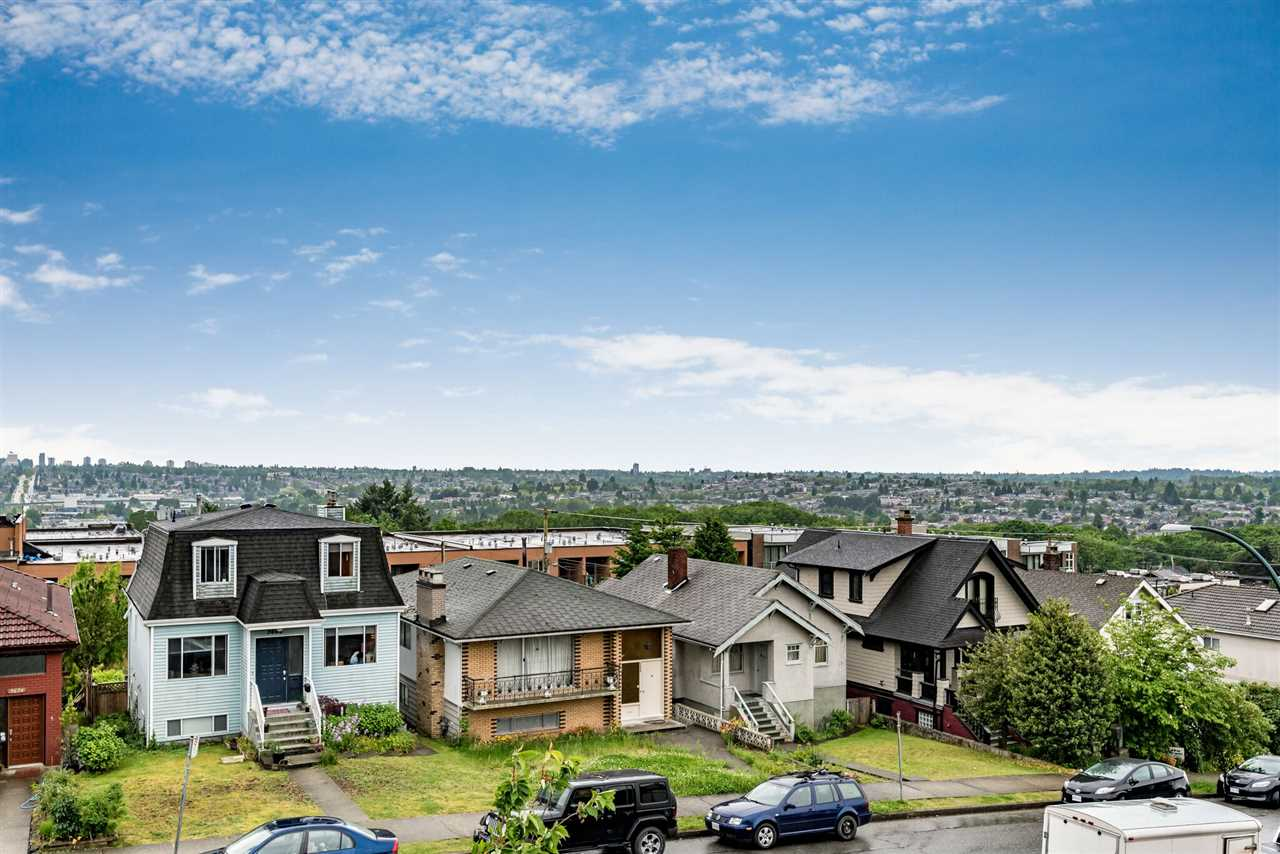 Photo 2: Photos: 3665 FRANKLIN STREET in Vancouver: Hastings East House for sale (Vancouver East)  : MLS® # R2172367
