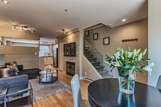 "Main Photo: 2108 YEW Street in Vancouver: Kitsilano Condo for sale in ""MAGNOLIA GARDENS"" (Vancouver West)  : MLS(r) # R2186004"