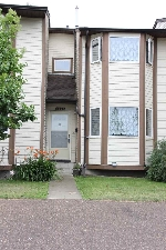 Main Photo: 6137 38 Avenue in Edmonton: Zone 29 Townhouse for sale : MLS® # E4075606