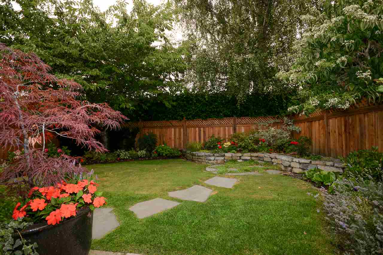 Private Rear Yard
