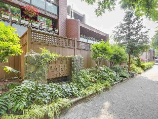 "Main Photo: P6 1855 NELSON Street in Vancouver: West End VW Condo for sale in ""THE WEST PARK"" (Vancouver West)  : MLS® # R2211610"