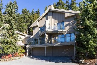 "Main Photo: 3163 ST MORITZ Crescent in Whistler: Blueberry Hill Townhouse for sale in ""BLUEBERRY HILL ESTATES"" : MLS® # R2218282"