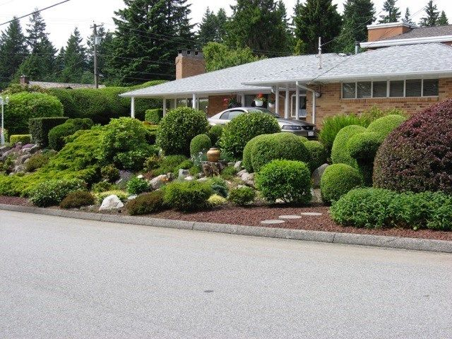 Main Photo: 290 W BALMORAL Road in North Vancouver: Upper Lonsdale House for sale : MLS® # R2226837