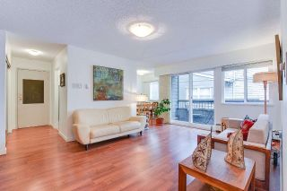 "Main Photo: 205 1540 E 4TH Avenue in Vancouver: Grandview VE Condo for sale in ""The Woodlands"" (Vancouver East)  : MLS® # R2238133"