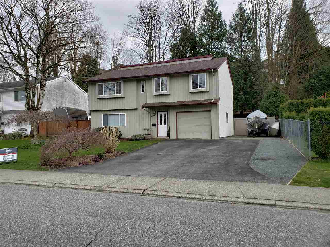 Main Photo: 34424 IMMEL Street in Abbotsford: Abbotsford East House for sale : MLS®# R2252980