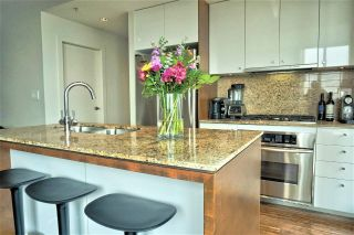 "Main Photo: 1001 1005 BEACH Avenue in Vancouver: West End VW Condo for sale in ""ALVAR"" (Vancouver West)  : MLS®# R2297655"