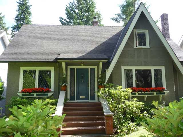 Main Photo: 3692 W 36TH Avenue in Vancouver: Dunbar House for sale (Vancouver West)  : MLS® # V899073