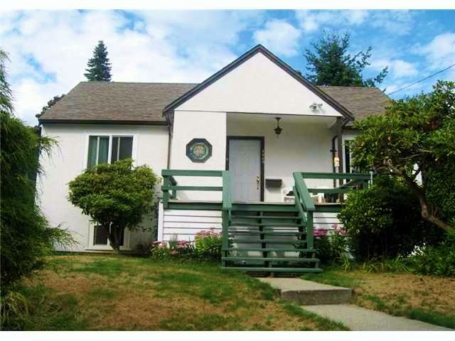 Main Photo: 1569 JEFFERSON Avenue in West Vancouver: Ambleside House for sale : MLS(r) # V938434