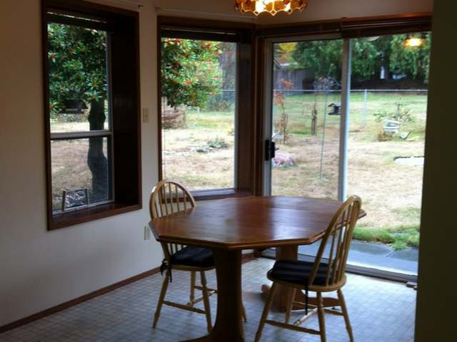 Photo 11: Photos: 210 HOYLAKE E ROAD in QUALICUM BEACH: Z5 Qualicum Beach Single Family for sale (Zone 5 - Parksville/Qualicum)  : MLS(r) # 344708