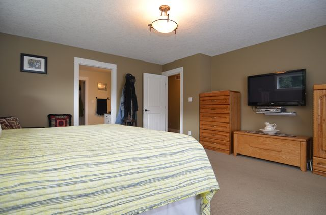 Photo 27: Photos: 1 6740 CONSIDINE AVENUE in DUNCAN: House for sale : MLS® # 370791