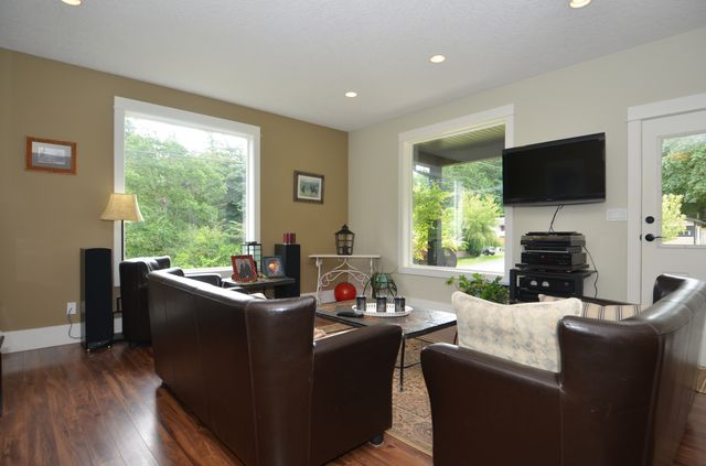 Photo 19: Photos: 1 6740 CONSIDINE AVENUE in DUNCAN: House for sale : MLS® # 370791