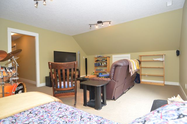 Photo 38: Photos: 1 6740 CONSIDINE AVENUE in DUNCAN: House for sale : MLS® # 370791