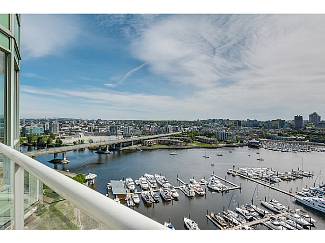 "Main Photo: 2302 1077 MARINASIDE Crescent in Vancouver: Yaletown Condo for sale in ""MARINASIDE RESORT"" (Vancouver West)  : MLS®# V1066031"