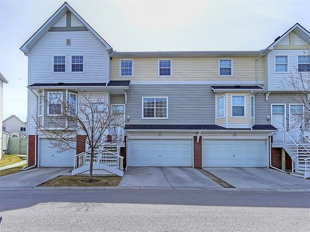 Main Photo: 22 PRESTWICK ACRES Lane SE in Calgary: McKenzie Towne House for sale : MLS® # C4058462