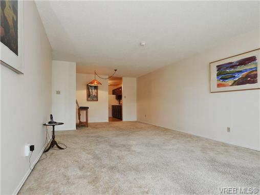 Photo 4: 304 1188 Yates Street in VICTORIA: Vi Downtown Condo Apartment for sale (Victoria)  : MLS(r) # 366605