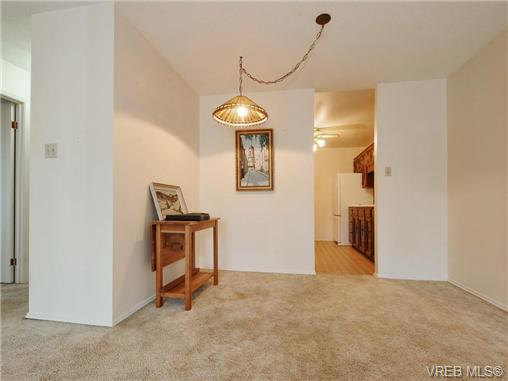 Photo 5: 304 1188 Yates Street in VICTORIA: Vi Downtown Condo Apartment for sale (Victoria)  : MLS(r) # 366605