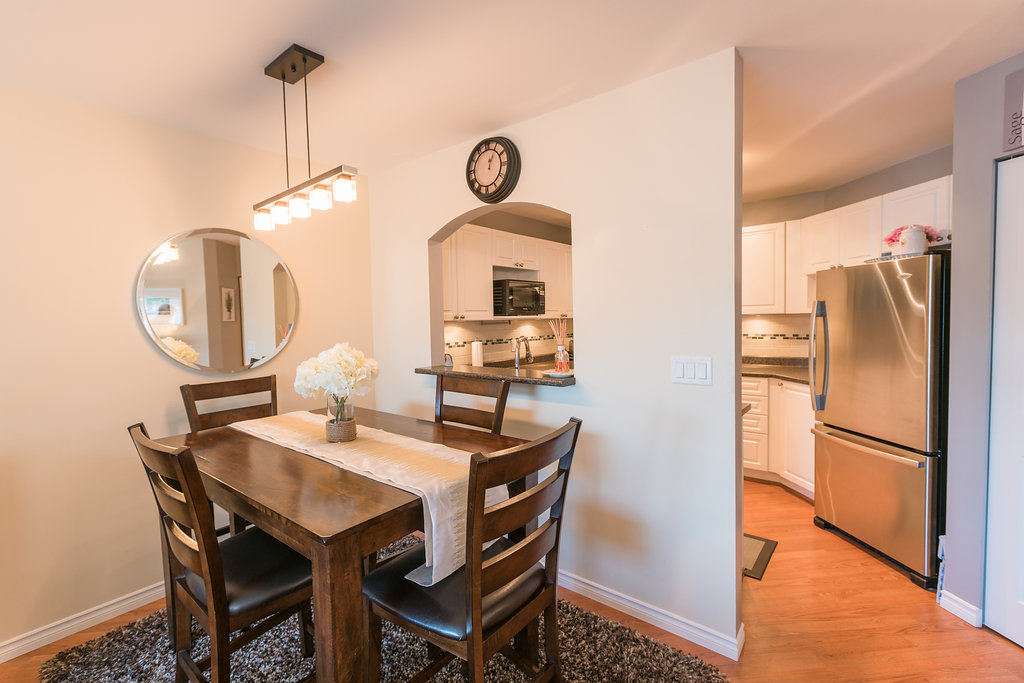 "Photo 10: 433 2980 PRINCESS Crescent in Coquitlam: Canyon Springs Condo for sale in ""Montclaire"" : MLS® # R2101086"