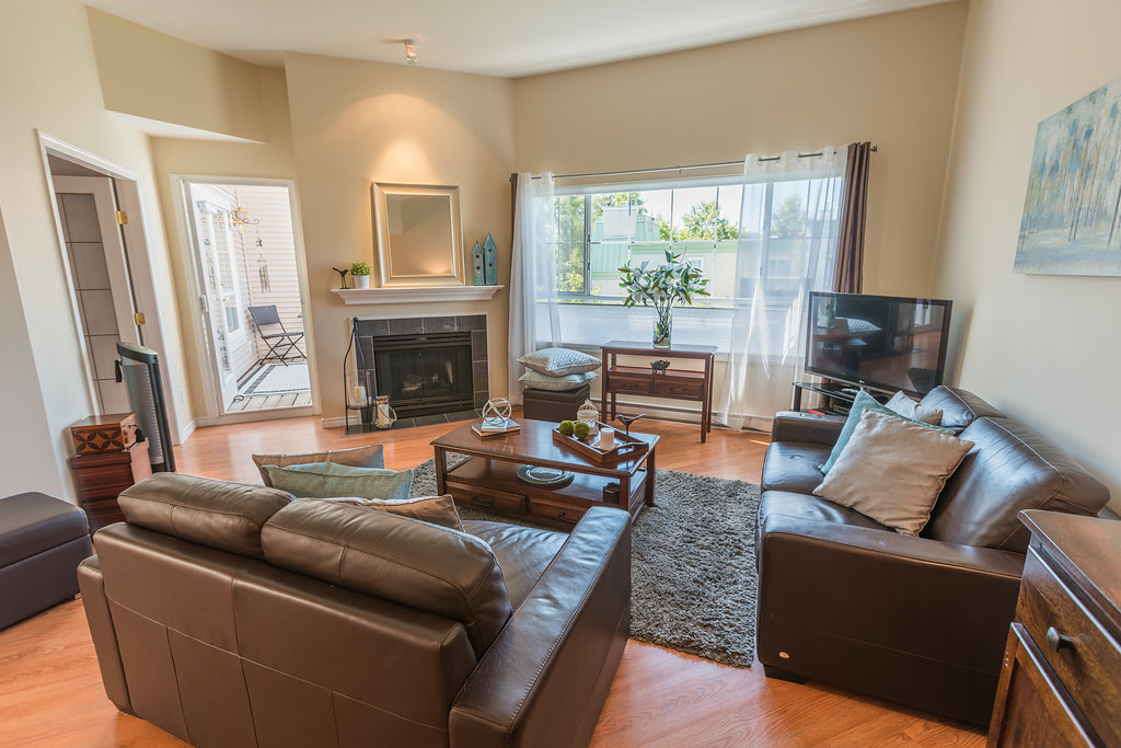 "Photo 7: 433 2980 PRINCESS Crescent in Coquitlam: Canyon Springs Condo for sale in ""Montclaire"" : MLS® # R2101086"