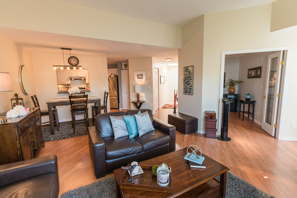 "Photo 17: 433 2980 PRINCESS Crescent in Coquitlam: Canyon Springs Condo for sale in ""Montclaire"" : MLS® # R2101086"