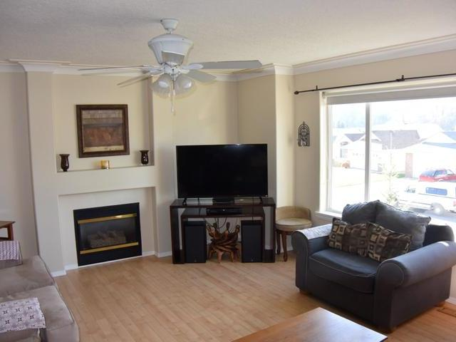Photo 3: Photos: 1374 SUNSHINE Court in : Dufferin/Southgate House for sale (Kamloops)  : MLS® # 137492