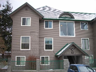 Main Photo: 1 622 FARNHAM Road in Gibsons: Gibsons & Area Condo for sale (Sunshine Coast)  : MLS® # R2128861