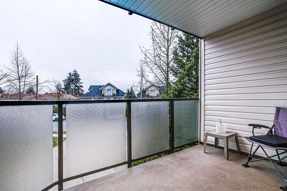 "Photo 5: 213 7139 18TH Avenue in Burnaby: Edmonds BE Condo for sale in ""CRYSTAL GATE"" (Burnaby East)  : MLS® # R2146247"