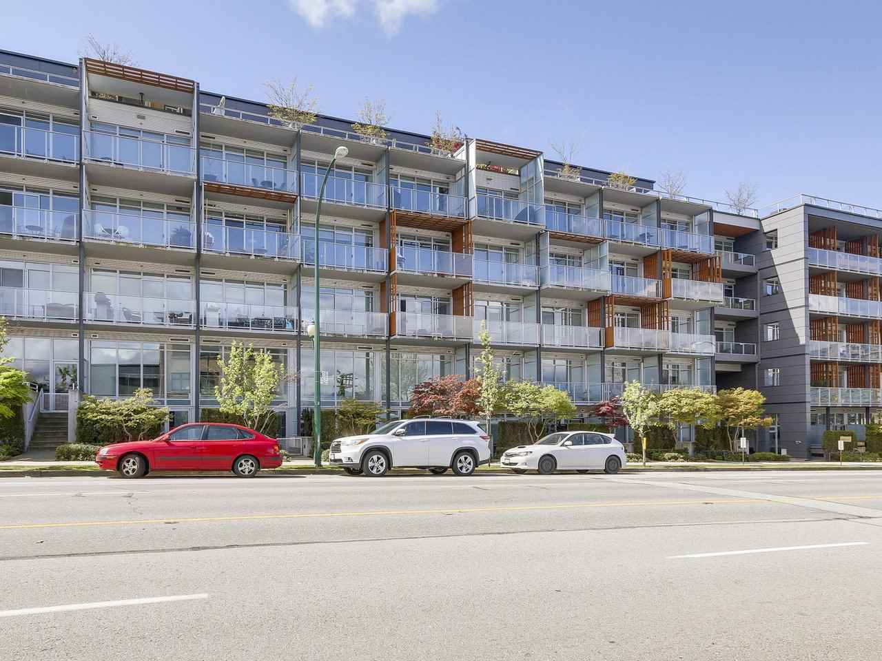 "Main Photo: 522 256 E 2ND Avenue in Vancouver: Mount Pleasant VE Condo for sale in ""JACOBSEN"" (Vancouver East)  : MLS® # R2161219"