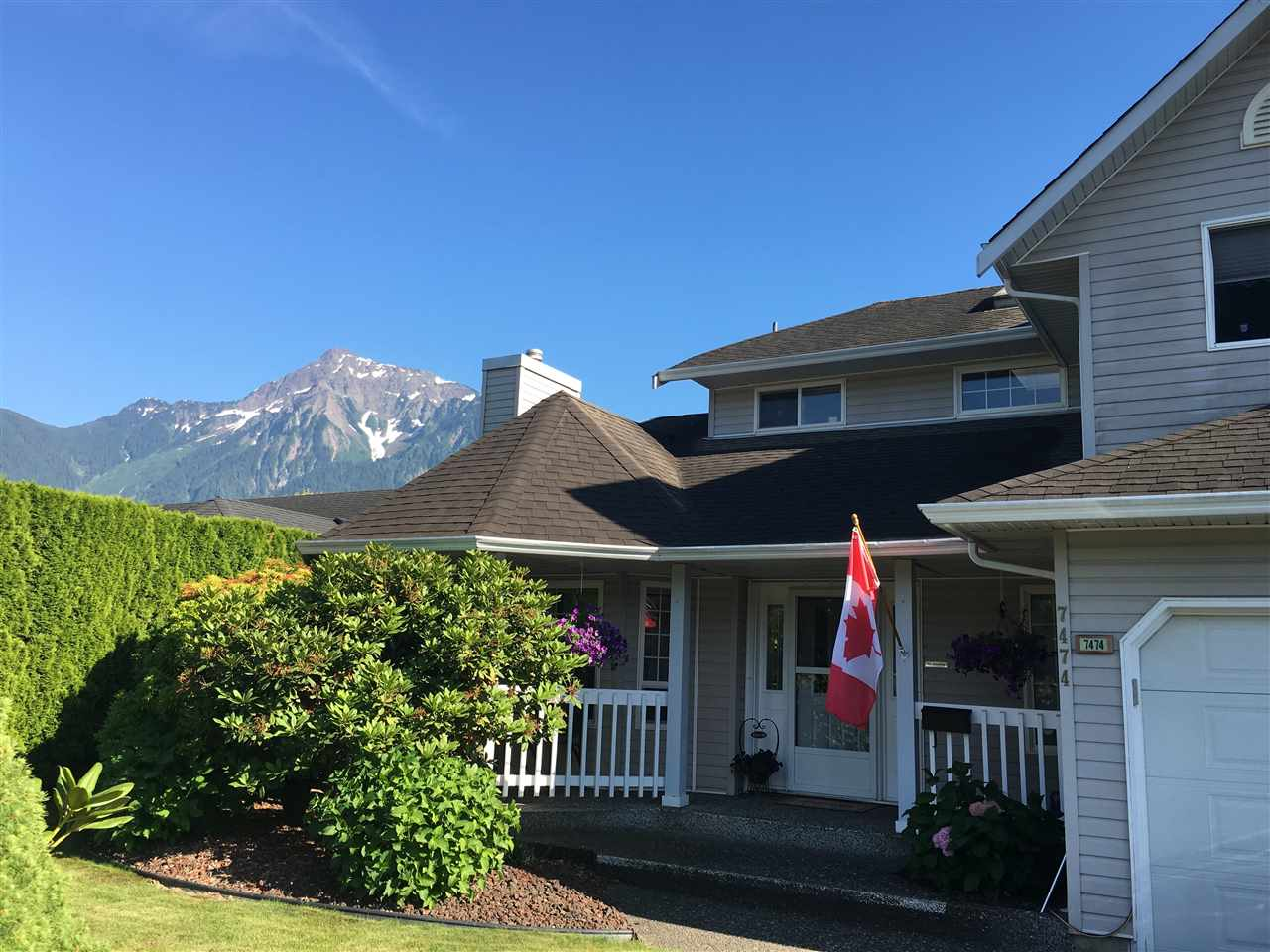Main Photo: 7474 ARBUTUS Drive: Agassiz House for sale : MLS® # R2185830