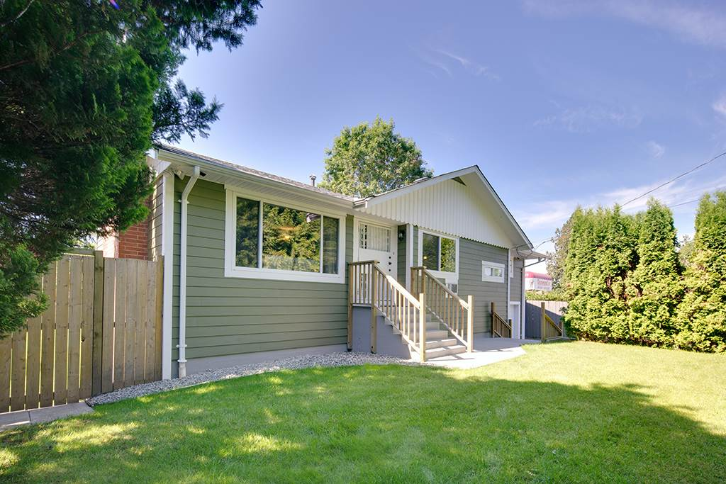 Main Photo: 12102 96 Avenue in Surrey: Queen Mary Park Surrey House for sale : MLS®# R2188622