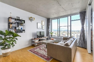 "Main Photo: 1902 108 W CORDOVA Street in Vancouver: Downtown VW Condo for sale in ""WOODWARDS W32"" (Vancouver West)  : MLS(r) # R2191884"