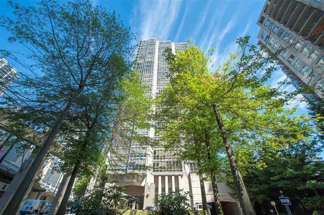 "Main Photo: 2202 930 CAMBIE Street in Vancouver: Yaletown Condo for sale in ""PACIFIC PLACE LANDMARK 2"" (Vancouver West)  : MLS® # R2196233"