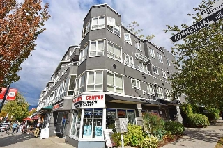 Main Photo: 204 1707 CHARLES Street in Vancouver: Grandview VE Condo for sale (Vancouver East)  : MLS® # R2209224