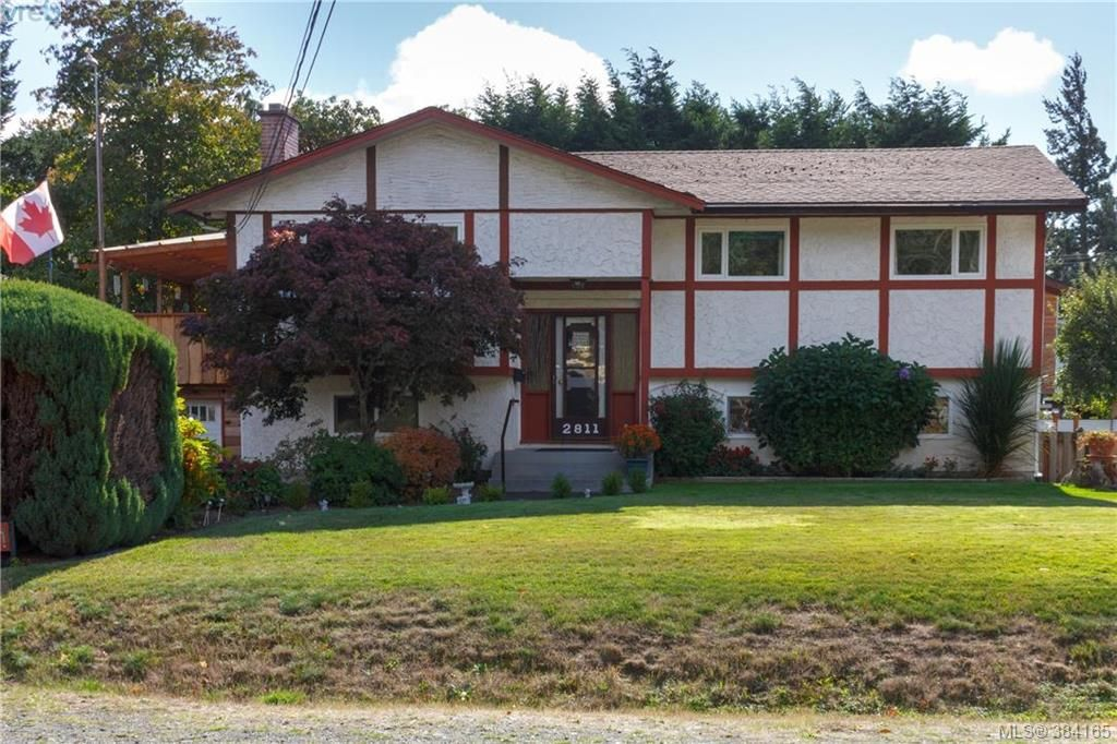 Main Photo: 2811 Ronald Road in VICTORIA: La Glen Lake Single Family Detached for sale (Langford)  : MLS®# 384165