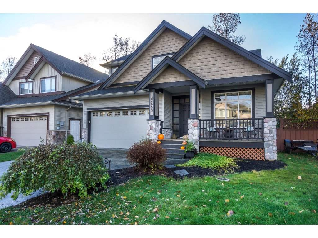 Main Photo: 32650 GREENE Place in Mission: Mission BC House for sale : MLS® # R2221497