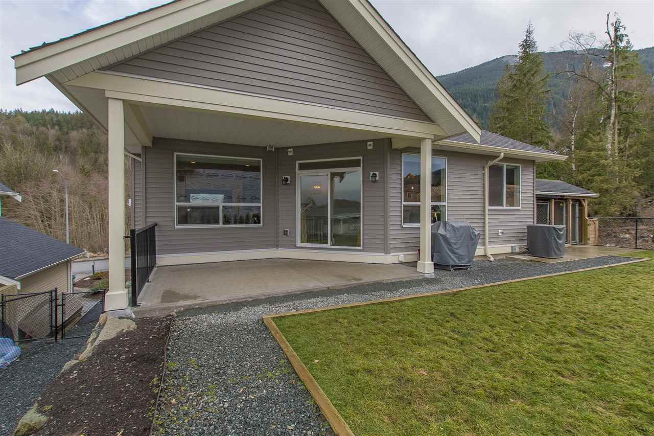 "Photo 20: Photos: 7371 RAMSAY Place in Chilliwack: Eastern Hillsides House for sale in ""ELK CREEK ESTATES"" : MLS® # R2236046"